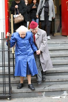 Such a cute old couple...