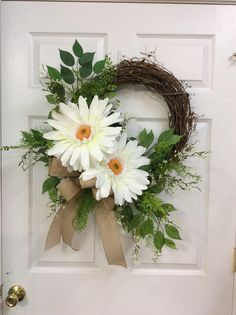 White colored door wreath, white door wreaths, front door wreaths for sale, summer wreaths, Mothers day wreath,wreath with gerbera daisys by TammysCreatedDesigns on Etsy