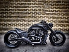"""Warr's Harley-Davidson """"Black Widow V Rod"""" Vrod Custom, Moto Custom, Custom Harleys, Custom Bikes, Custom Baggers, Custom Cycles, Custom Choppers, Motos Harley Davidson, Motorcycle Design"""