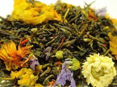 White tea with floral additions. http://kawyswiata.eu/Ogrody-Semiramidy