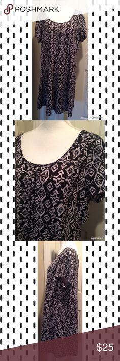 Black Aztec Print Dress Size: 3X. 95% Polyester and 5% Spandex. Dresses