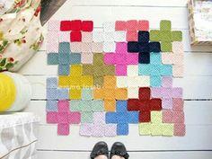 Puzzling granny squares via Heart Handmade Magazine UK  #crochet #inspiration #crochetersanonymous