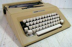 Olivetti Lettera 25 Typewriter  Vintage Manual by DivineOrders, $78.00