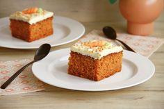 Pastel de zanahoria Sweet Recipes, Cake Recipes, Best Oatmeal, Fiber Foods, Cake Tins, Protein Foods, Savoury Cake, Food Items, Gastronomia