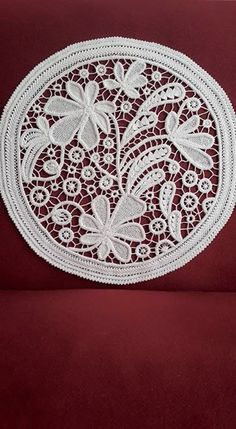 This Pin was discovered by Lem Macrame Patterns, Lace Patterns, Crochet Patterns, Crochet Motif, Irish Crochet, Crochet Lace, Needle Lace, Bobbin Lace, Embroidery Applique