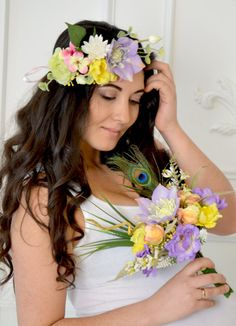 Spring wedding Bouquet Tropical Bridal Bouquet silk flowers exotic Purple Yellow Bouquet Peacock feather Beach wedding flowers This exotic bouquet of tropical flowers, peach, lemon roses and tiny lilies will be the perfect decoration for your wedding. The