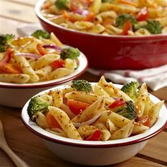 """This looks yummy!! Pinner said """"Except I do half and half - ranch and italian dressing."""" Going to have to try this!!"""