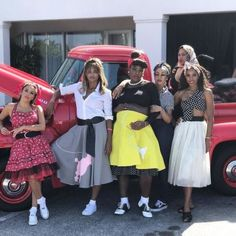 Serena Williams Has A 50s Theme Baby Shower