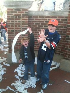 Colby and Clay Looney at Toomers Corner Auburn