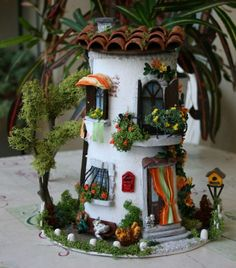 1 million+ Stunning Free Images to Use Anywhere Clay Houses, Ceramic Houses, Miniature Houses, Tile Crafts, Clay Crafts, Diy And Crafts, Paper Clay, Clay Art, Fairy Tree
