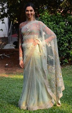 @deepikapadukone in @anjumodi http://www.AnjuModi.com/Home.aspx #Saree promoting #Bajirao_Mastani, Dec, 2015