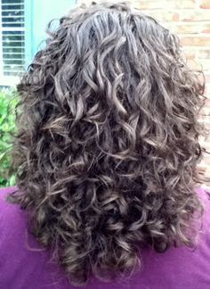 "Here's a photo of my hair. I bought the book ""Curly Girl"" by Lorraine Massey and I've been using her sulfate-free DevaCurl product. Short Permed Hair, Grey Curly Hair, Long Gray Hair, Curly Hair Cuts, Curly Girl, Long Curly, Curly Hair Styles, Natural Hair Styles, White Hair"