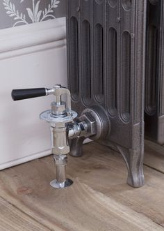 Thermostatic and manual radiator valves for cast iron radiators.