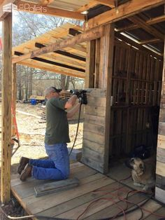 Tiny Off Grid Cabin Made from Pallets & Reclaimed Lumber Pallet Sheds, Pallet Ca. - Tiny Off Grid Cabin Made from Pallets & Reclaimed Lumber Pallet Sheds, Pallet Ca… - Pallet Playhouse, Pallet Shed, Pallet House, Pallet Barn, Pallet Patio, Outdoor Pallet, Pallet Benches, Pallet Tables, Old Pallets