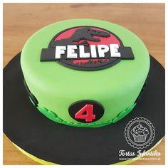 Torta de Dinosaurio de Jurassic World _ www.facebook.com/Tortas.Infantiles.Web/ Jurassic World, 4th Birthday, Birthday Cake, Ideas Para Fiestas, Party, Desserts, Google, Cakes, Tortilla Pie