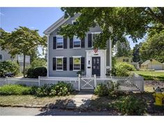 For Sale - 10  Mack Lane, Essex, CT - $499,900. View details, map and photos of this single family property with 3 bedrooms and 2 total baths. MLS# N10166195.