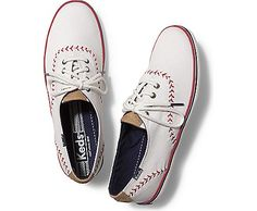 Keds Champion Pennant @lauraloomoo we need these for Braves games! Or Yankees games!