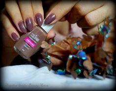 """Colorama, cor Camurça, coleção """"Urban-Outono/Inverno 2010+ Short Stilleto Nails. (Yes, em 2015!)"""