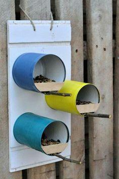 Garden Crafts, Garden Projects, Garden Art, Home Crafts, Bird Feeder Craft, Bird House Feeder, Tin Can Art, Homemade Bird Feeders, Tin Can Crafts
