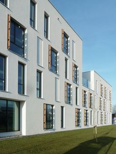 Gallery of Eltheto Housing and Healthcare Complex / 2by4-architects - 17