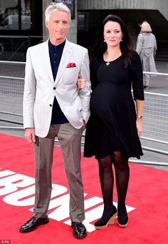 Loved-up! Paul Weller, and pregnant wife Hannah Andrews, stepped out for the first. Blue Soul, Paul Weller, The Jam Band, Power Pop, Pregnant Wife, Mod Fashion, Composers, Rock Stars, Great Hair