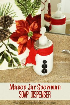 Add a festive touch to your bathroom or kitchen with this cute DIY snowman mason jar soap dispenser! Very easy Christmas decor or gift idea!