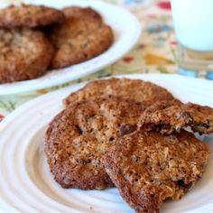 Almond Oatmeal cc cookies