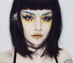 46 Amazing Makeup Looks to Try - #makeup #lipstick #beauty #eyeliner #eyebrows