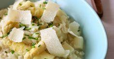 Un risotto de saison avec des asperges blanches. Si vous voulez changer des asperges/vinaigrette cette recette va vous plaire...