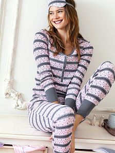 Women's Pajamas: Flannel, Cotton, Silk and More at Victoria's Secret