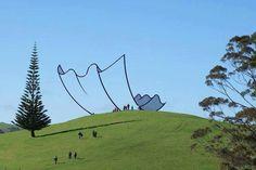 Neil Dawson, Horizons - Gibbs Farm ( New Zealand )  An art sculpture that looks like a clip art