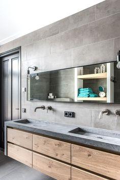 I appreciate this splendid bathroom storage Bad Inspiration, Bathroom Inspiration, Small Toilet, Bathroom Design Luxury, Bathroom Toilets, Bathroom Renovations, Bathroom Furniture, Home Deco, Master Bathroom