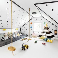 "scoutandnimble on Instagram: ""Such a great use of an attic space...a place to play & let imaginations run wild! Fun & carefree design by @susana.chango & her talented team at #ChangandCo."""