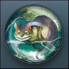 It doesn't look much like the Disney cat, so it probably pre-dates their adaptation. Vintage Cat, Vintage Buttons, Disney Buttons, Button Button, Pinback Buttons, Cat Jewelry, Pin And Patches, Cheshire Cat, Antique Lace