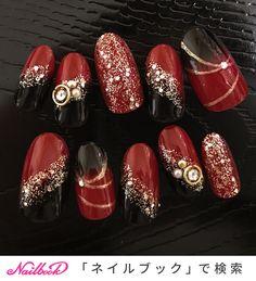 赤×黒 和柄ネイル|ネイルデザインを探すならネイル数No.1のネイルブック Gem Nails, New Year's Nails, Oval Nails, Japanese Nail Design, Japanese Nail Art, Subtle Nail Art, Animal Nail Art, Cute Nail Art Designs, Kawaii Nails