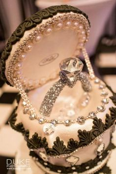 Such craftsmanship! Diamond ring cake