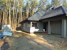 Projekt domu Morgan III 107,05 m2 - koszt budowy - EXTRADOM Garage Doors, Outdoor Decor, Home Decor, Projects, Decoration Home, Room Decor, Home Interior Design, Carriage Doors, Home Decoration