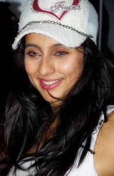 Anusha Dhandekar Net Worth
