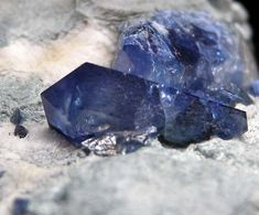 Benitoite from Gem Mine, San Benito Co., California, USA [db_pics/pics/t161c.jpg]