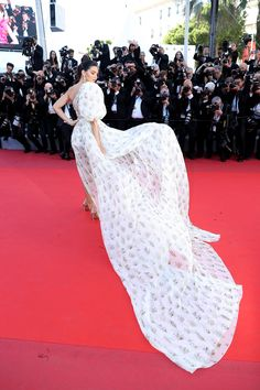 6f9172c70ae You Won t Want to Miss 1 Mesmerizing Angle of Kendall Jenner s Cannes Dress