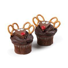 Make'n Mold® Reindeer Cupcakes  #dessert #chocolate #christmas
