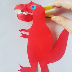 Roar-some dino puppets - Mamma & Bear Dinosaur Puppet, Make A Dinosaur, Dinosaur Head, Dinosaur Stuffed Animal, Learning To Write, Learning Through Play, Motor Activities, Activities For Kids, Preschool Lessons