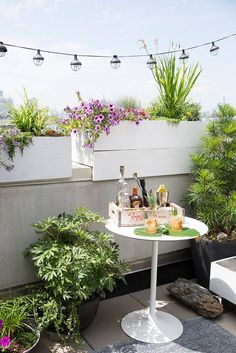 See more images from how to entertain well on the tiniest terrace! on domino.com