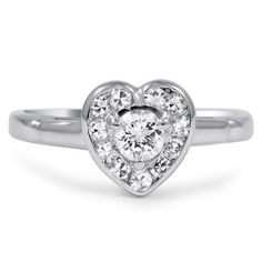 I kind of really want this ring. Not as an engagement ring, but just as a ring.   The Corazon Ring from Brilliant Earth