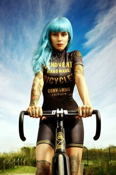 """blackandgoldbike:  from Tisha  - her comment was """"Sweet baby jesus. Wow."""" I just want to keep looking at this photo and marveling at her style."""