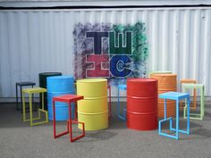 Oil drum tables and chairs. Coffee Shop Interior Design, Coffee Shop Design, Restaurant Interior Design, Cafe Design, Store Design, Oil Barrel, Deco Restaurant, Barrel Furniture, Oil Drum