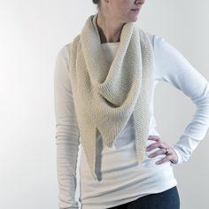 FREE Triangle Shawl Knitting Pattern : Grab N Go : Brome Fields