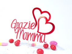 Ehi, ho trovato questa fantastica inserzione di Etsy su https://www.etsy.com/it/listing/521526297/happy-mothers-day-cake-topper-thanks-mom