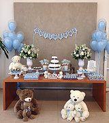 Decoração de cha de bebê e doces personalizados no tema ursinho
