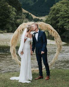 This Elegant and Earthy New Zealand Farm Wedding Has a Seriously Epic View Farm Wedding, Wedding Ceremony, Wedding Arches, Bush Wedding, Wedding Canopy, Elopement Wedding, Autumn Wedding, Green Wedding, Elegant Wedding